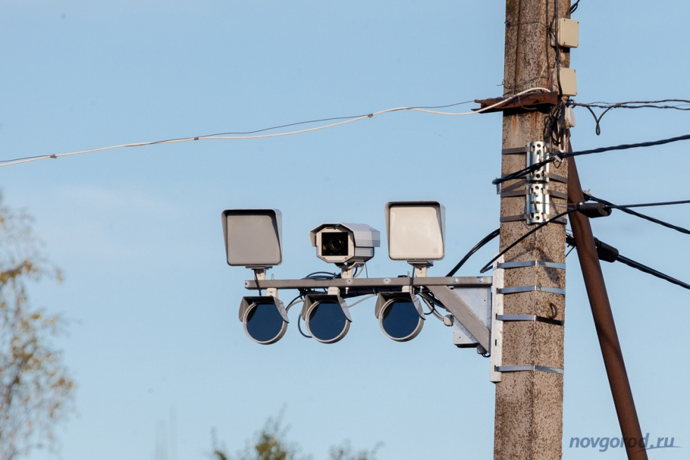 Великий новгород что фиксирует камера гибдд при сьезде с площади строителей