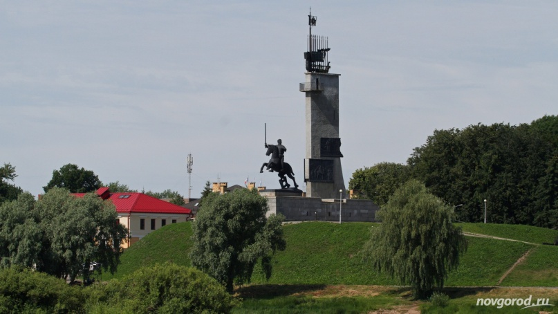 Монумент Победы. © Фото из архива интернет-портала «Новгород.ру»