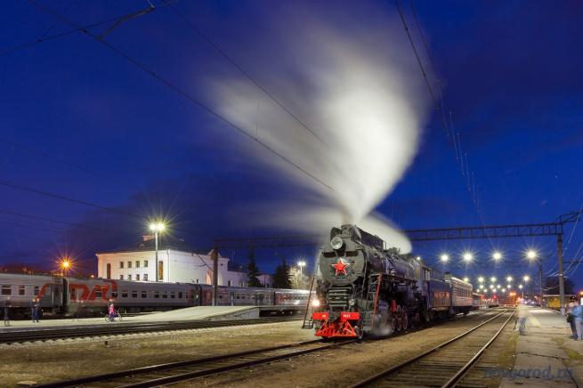Паровоз, прибывший сегодня в Великий Новгород, тоже примет участие в фестивале.