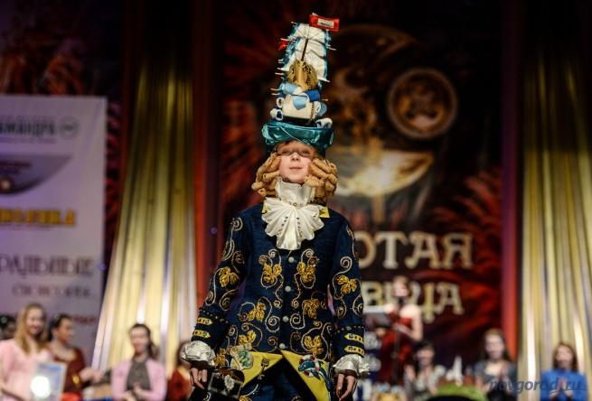 Обладатель гран-при первого дня фестиваля Ярослав Тухашвили в костюме «Покоритель морей». © Фото Олега Цветкова