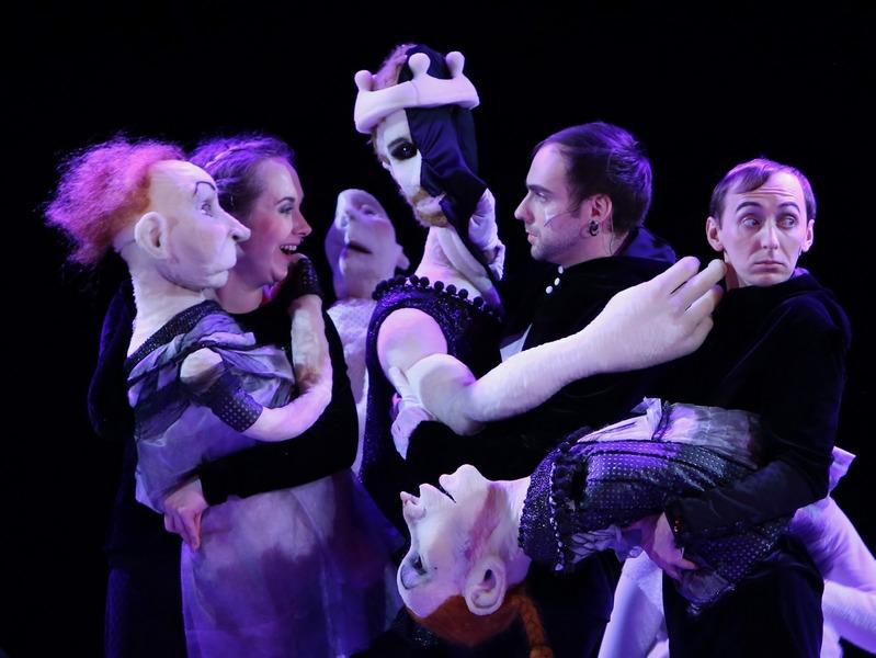 Латвийский театр кукол, постановка «Золотой конь». © kingfestival.ru