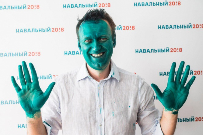 Алексей Навальный после нападения в Барнауле. navalny.com ©