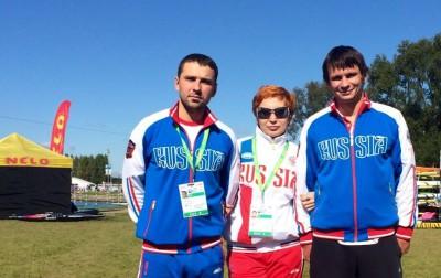 На фото Михаил Кузнецов, Ольга Гвоздева и Дмитрий Ларионов. © Фото: Федерация гребного слалома России
