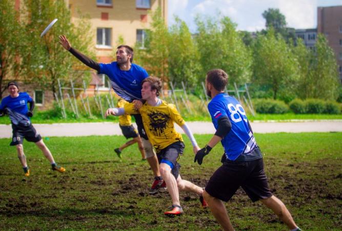 Московская команда «Сокол» (в синем). © Виктория Егорова