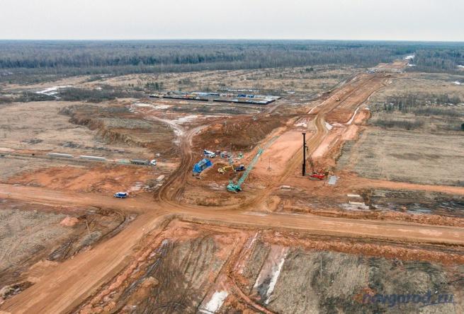Строительство трассы М11 близ деревень Мытно и Посад. © Фото из архива интернет-портала «Новгород.ру«