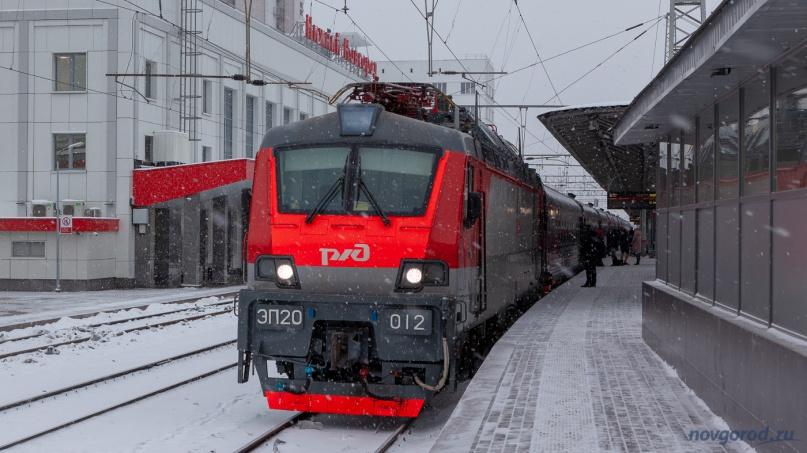 Первый рейс поезда №42 Великий Новгород — Нижний Новгород прибыл на конечную станцию.
