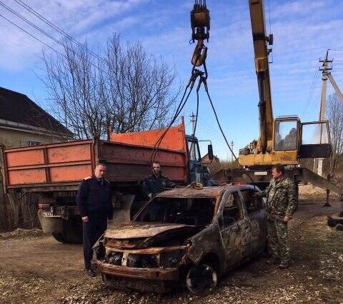 ВКировске найден обгоревший Рэно Sandero без вести пропавшего 23-летнего учителя