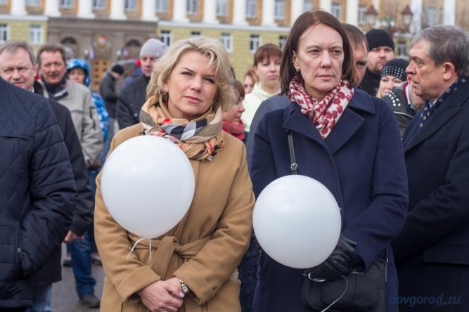 Вице-губернаторы Вероника Минина и Ольга Колотилова.