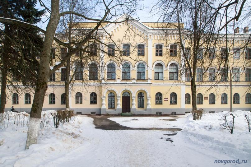 Антоново, старый корпус. © Фото из архива интернет-портала «Новгород.ру»