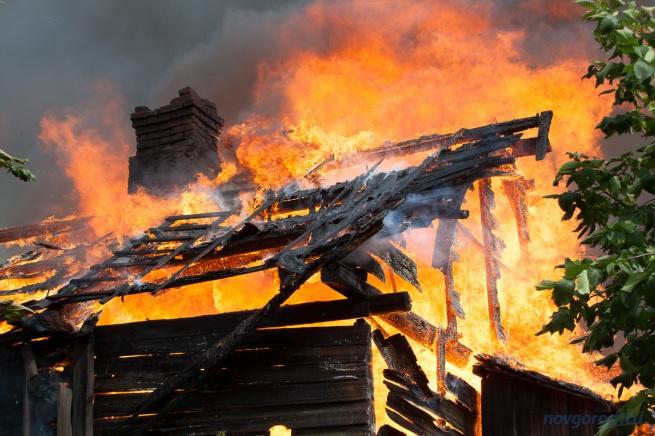 Пожар в городе Малая Вишера, произошедший 4 июля. © Фото из архива интернет-портала «Новгород.ру»