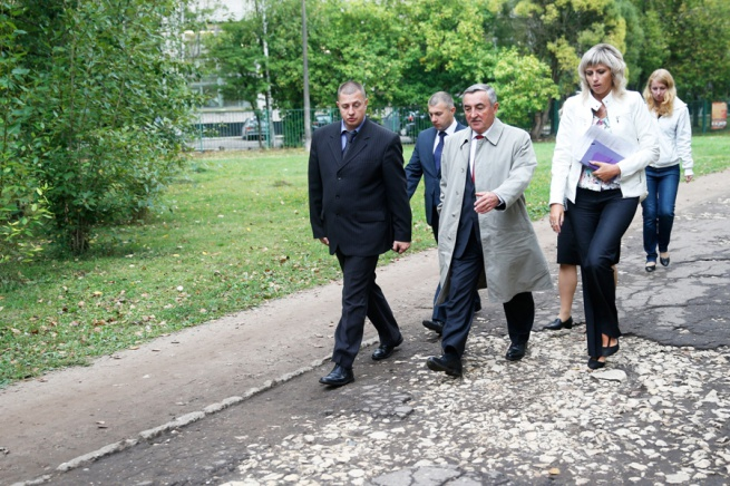 Инспекция ул. Зелинского. © Фото Игоря Белова с сайта adm.nov.ru