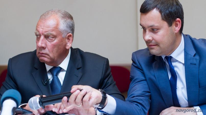 Сергей Митин и Анатолий Гусев. © Фото из архива интернет-портала «Новгород.ру»