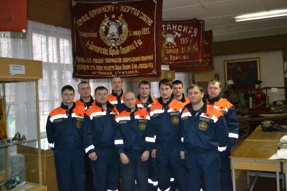 Спасатели боровичского отделения ПАСС. © Фото с сайта uznchs.natm.ru