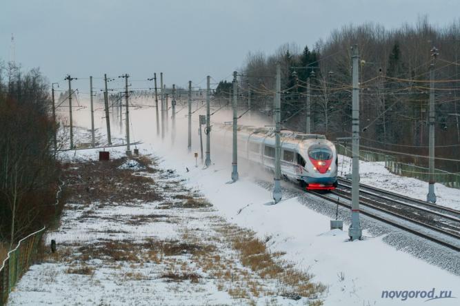 «Сапсан» на перегоне Чудово-Московское — Торфяное. © Фото из архива интернет-портала «Новгород.ру»