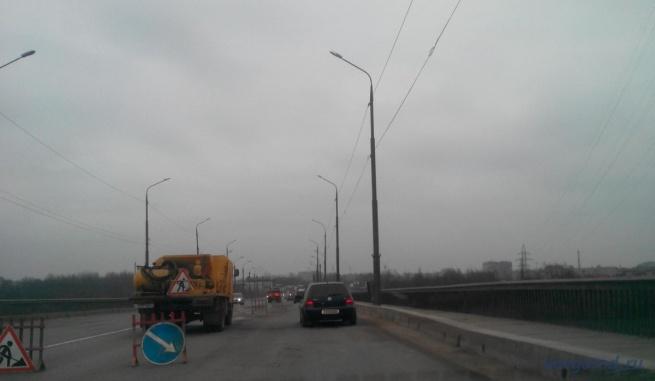 Ремонт на Колмовском мосту. © Фото из архива интернет-портала «Новгород.ру»
