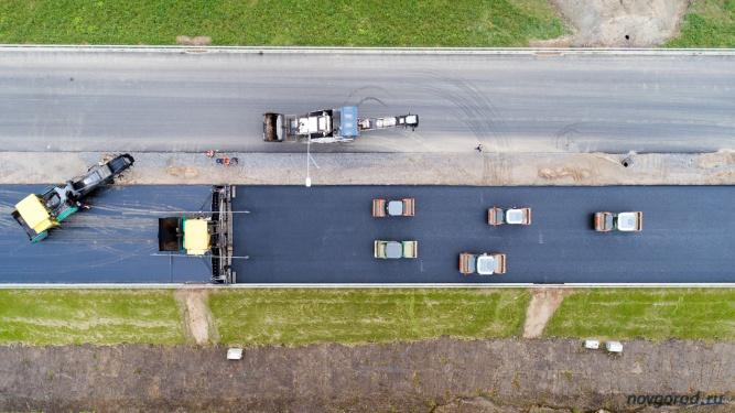 Строительство автомагистрали М11 в Новгородской области. Фото из архива интернет-портала «Новгород.ру» ©
