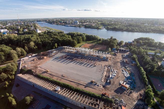 Строительство стадиона «Центральный», июль 2015.
