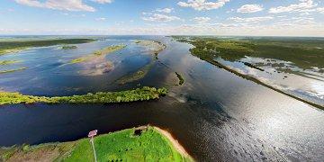 Рюриково городище, исток реки Волхов, Сиверсов канал, быки недостроенного моста через Волхов и Юрьев монастырь.