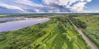 Панорама: Разлив реки Полонка и восстановление дороги Спасская Полисть — Любытино — Боровичи в районе деревни Погорелка