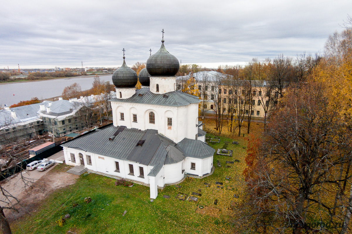 монастырь Антониев монастырь