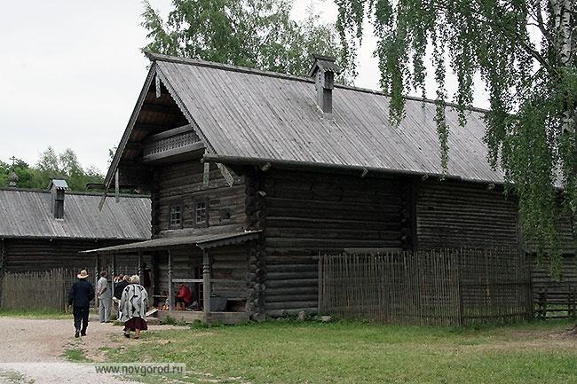Изба Царевой Екатерины Ивановны из деревни Пырищи Крестецкого района.