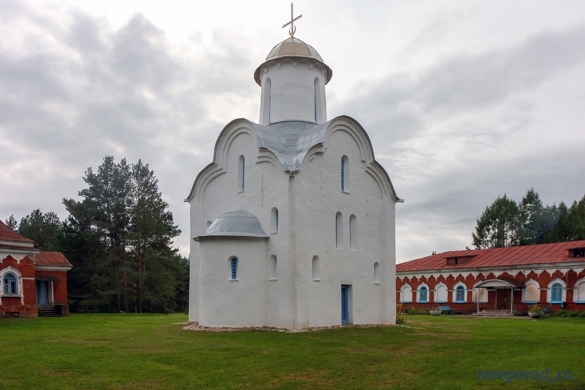 Перынский скит — церковь Рождества Богородицы